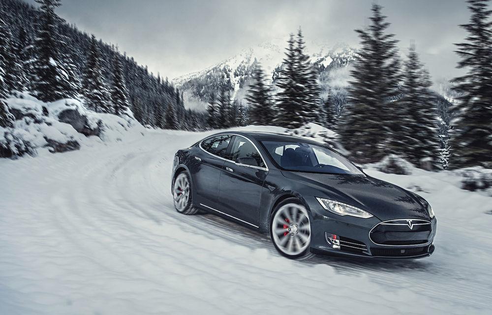 Cui îi trebuie showroom-uri? Un client Tesla a vândut de unul singur 188 de mașini în două luni - Poza 1