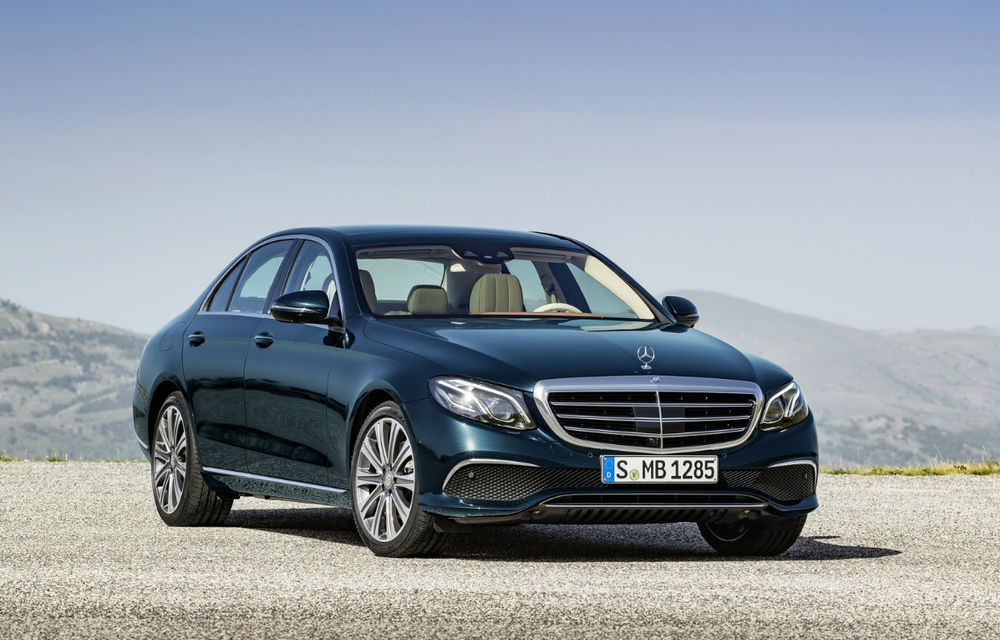 În sfârşit, este oficial: noua generaţie Mercedes Clasa E şi lista sa de motoare noi. România îl primeşte în aprilie - Poza 1