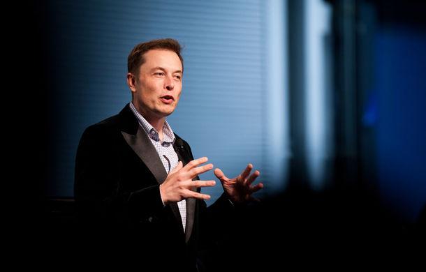 Nu-l criticați pe Elon Musk! Un client Tesla s-a trezit cu comanda anulată după ce a criticat evenimentul de lansare a SUV-ului Model X - Poza 1