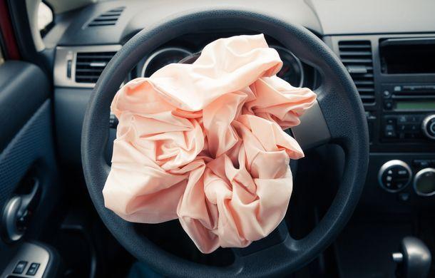Numărătoarea continuă: BMW, Volkswagen şi Daimler recheamă în service 2.5 milioane de maşini din cauza airbag-urilor Takata - Poza 1