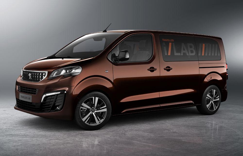 Cine ar fi crezut? Francezii de la Peugeot au lansat o utilitară de persoane la fel de luxoasă ca un Mercedes V-Klasse - Poza 1