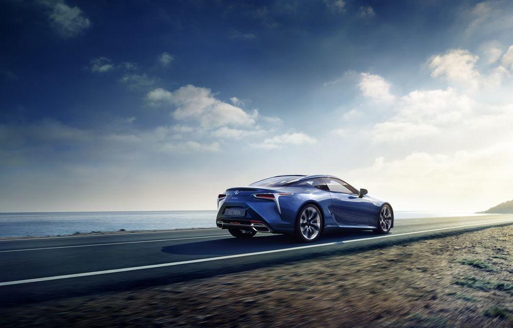 Lexus e pe val: a lansat LC500h, încă o mașină de serie care arată ca un concept - Poza 3