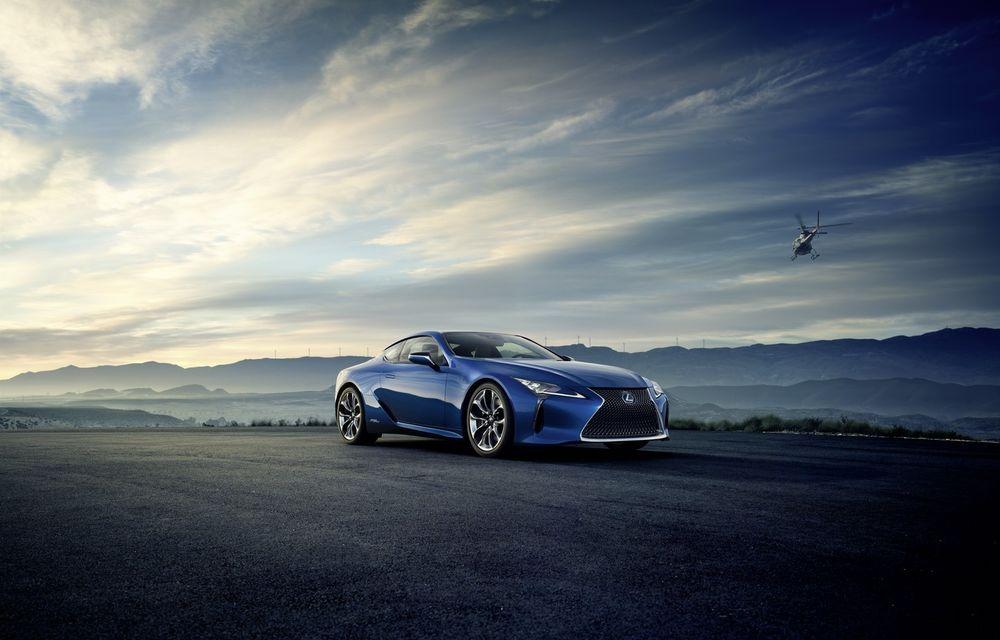 Lexus e pe val: a lansat LC500h, încă o mașină de serie care arată ca un concept - Poza 2