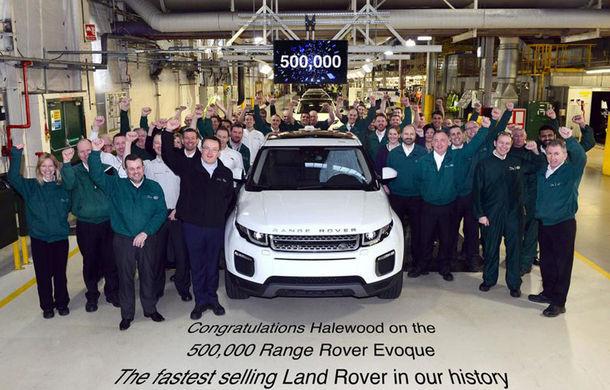 Range Rover Evoque este cea mai profitabilă invenție pentru englezi: jumătate de milion de mașini vândute în doar patru ani - Poza 1