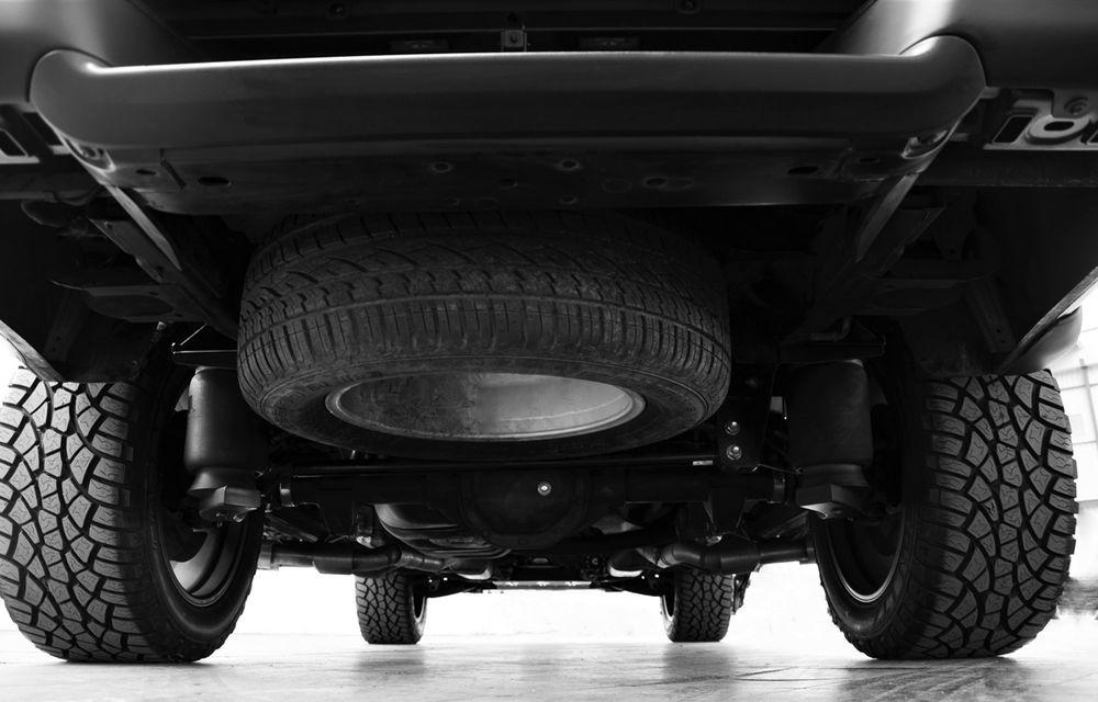 Limuzină sportivă cu benă: primul VW Amarok V8 TDI costă 200.000 de euro - Poza 4