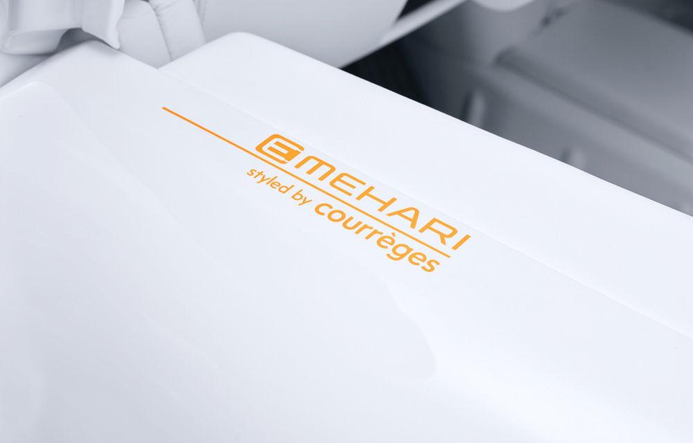 Alb ca zăpada: casa de design Courrèges a creat o ediție specială a electricei Citroen E-Mehari - Poza 5