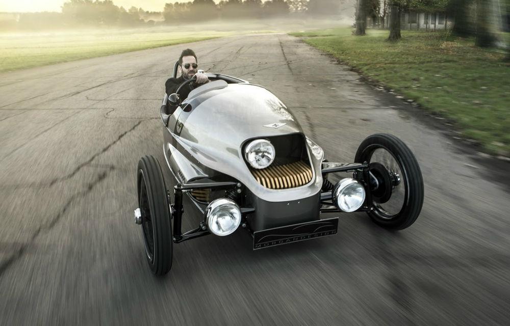 Morgan EV3 este cea mai nonconformistă electrică din lume: trei roți, design retro, autonomie 240 de kilometri - Poza 1