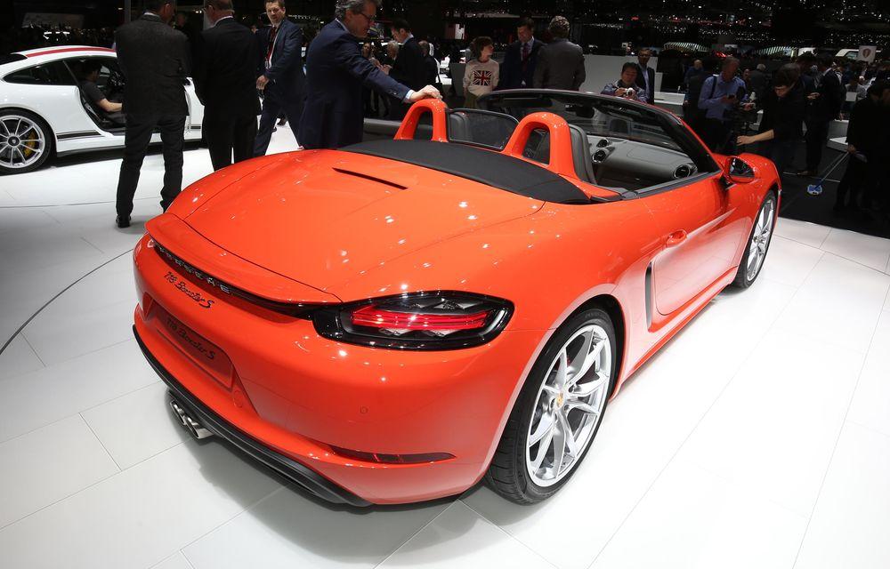 GENEVA 2016 LIVE: Porsche a mizat pe puritate sportivă: 911 R și noul 718 Boxster - Poza 22