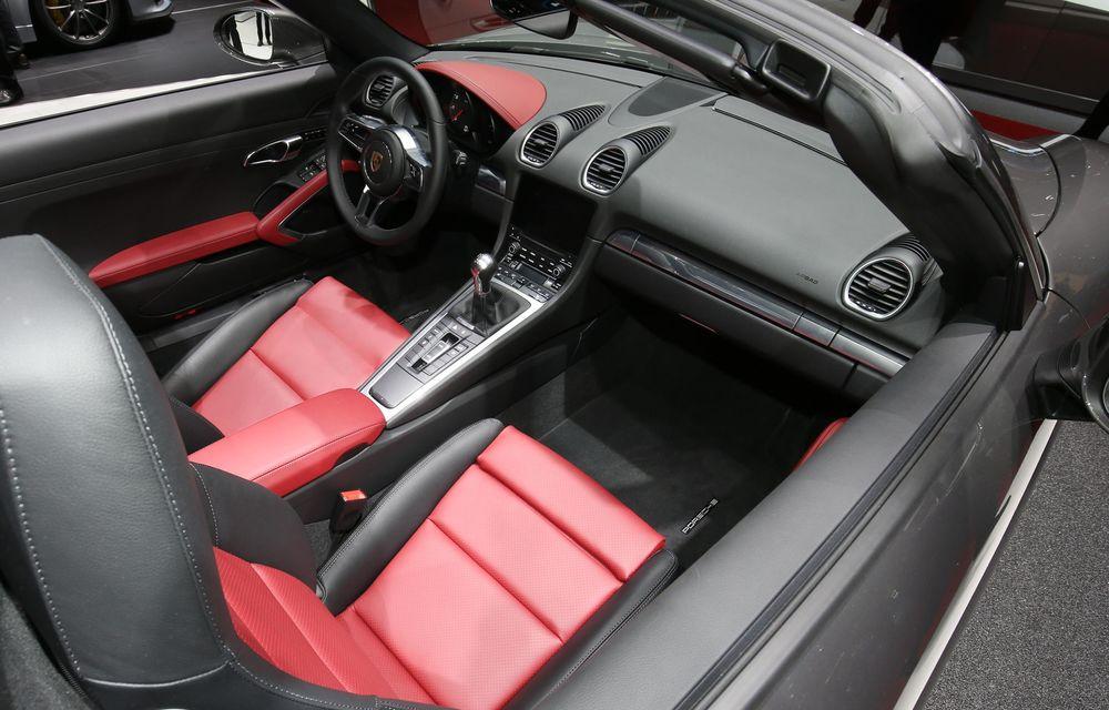 GENEVA 2016 LIVE: Porsche a mizat pe puritate sportivă: 911 R și noul 718 Boxster - Poza 13