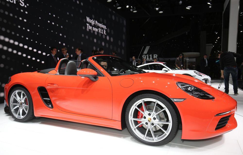 GENEVA 2016 LIVE: Porsche a mizat pe puritate sportivă: 911 R și noul 718 Boxster - Poza 19