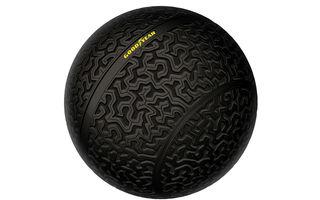 Goodyear a reinventat roata la Salonul de la Geneva: Eagle-360 este un pneu sferic care nu are nevoie de suspensii