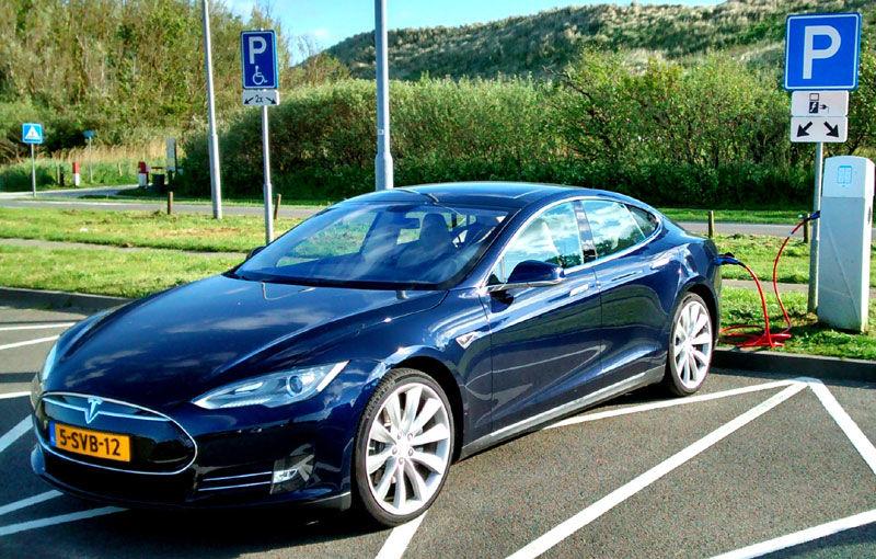 Țara Lalelelor va deveni și Țara Electricelor: Olanda vrea să interzică din 2025 mașinile pe benzină și diesel - Poza 1