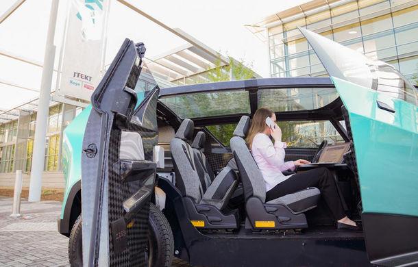 Maşina ideală pentru noua generaţie: Toyota uBox Concept poate fi folosită ca birou mobil prin eliminarea scaunelor spate - Poza 5
