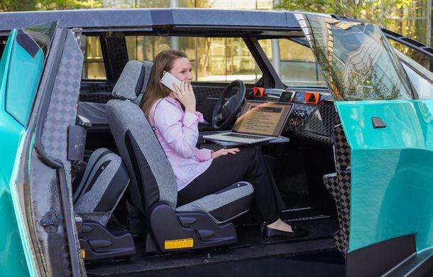 Maşina ideală pentru noua generaţie: Toyota uBox Concept poate fi folosită ca birou mobil prin eliminarea scaunelor spate - Poza 6