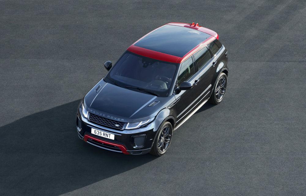 Range Rover Evoque primeşte un display de 10 inch şi o ediţie limitată cu plafon roşu - Poza 6