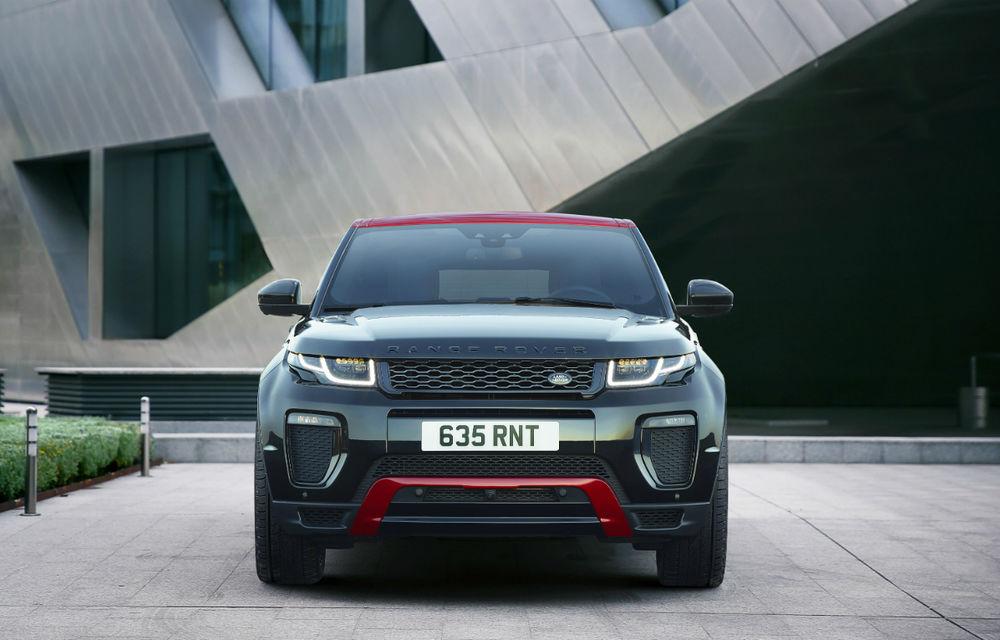 Range Rover Evoque primeşte un display de 10 inch şi o ediţie limitată cu plafon roşu - Poza 8