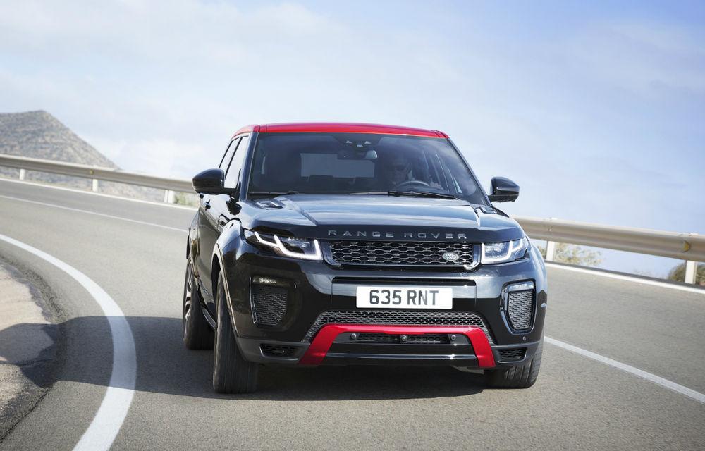 Range Rover Evoque primeşte un display de 10 inch şi o ediţie limitată cu plafon roşu - Poza 2
