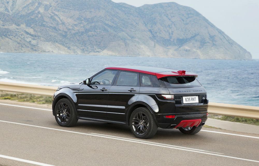 Range Rover Evoque primeşte un display de 10 inch şi o ediţie limitată cu plafon roşu - Poza 4