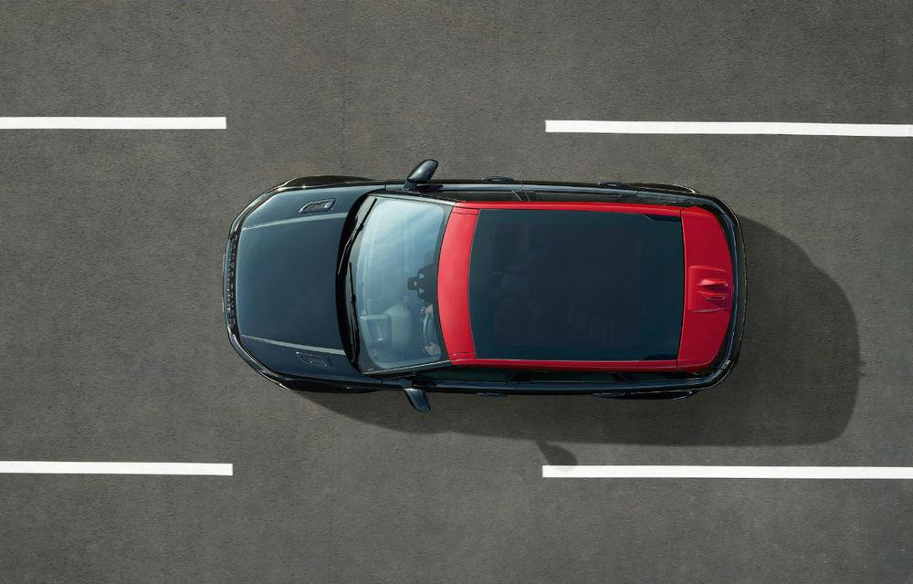 Range Rover Evoque primeşte un display de 10 inch şi o ediţie limitată cu plafon roşu - Poza 13