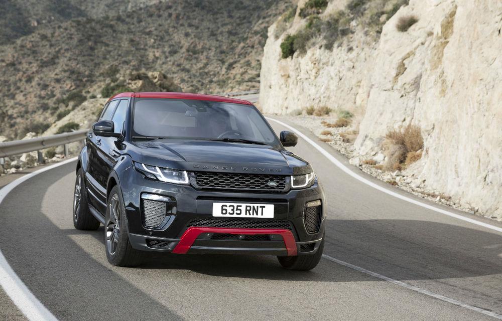 Range Rover Evoque primeşte un display de 10 inch şi o ediţie limitată cu plafon roşu - Poza 1
