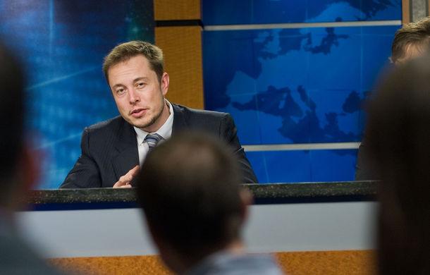 Viitorul sună autonom: Elon Musk vrea să înlocuiască autobuzele din orașe cu vehicule care se conduc singure - Poza 1