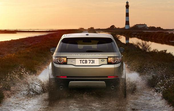S-au săturat de maşini? Land Rover va lansa propriul smartphone în 2017 - Poza 1
