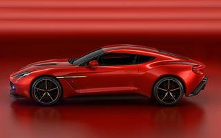 Englezoaica senzuală: Aston Martin Vanquish Zagato Concept are 600 de cai și caroserie din fibră de carbon desenată de italieni