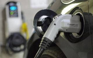 Proiectul Apple Car continuă: începe analiza tehnologiilor pentru staţiile de încărcare