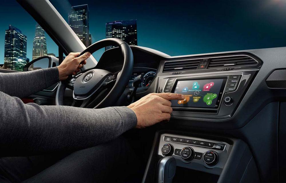 Liber la internet în mașină: Volkswagen le oferă gratuit clienților din România 10 GB de internet pe lună - Poza 1