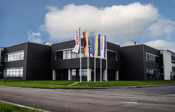 Bosch angajează peste 300 de oameni la fabrica de componente auto de la Jucu - Poza 1