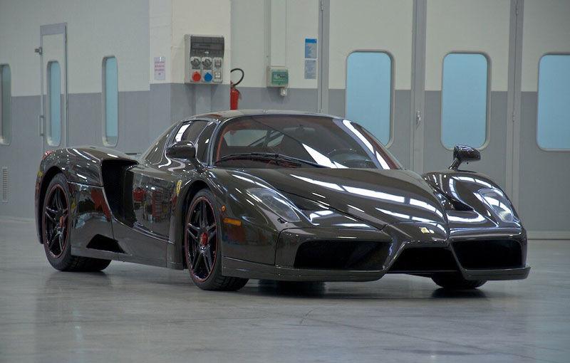 Cel mai scump Ferrari Enzo nu este nici măcar vopsit: exemplarul se vinde cu trei milioane de euro - Poza 1