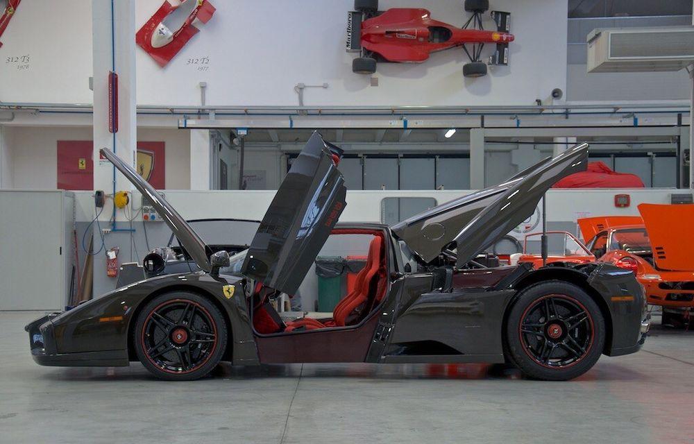 Cel mai scump Ferrari Enzo nu este nici măcar vopsit: exemplarul se vinde cu trei milioane de euro - Poza 13