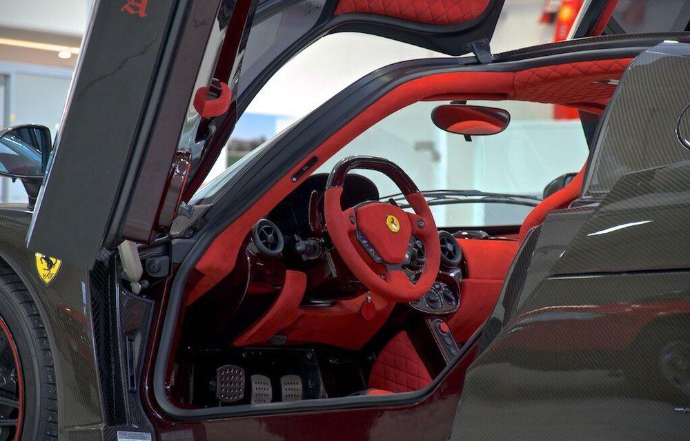 Cel mai scump Ferrari Enzo nu este nici măcar vopsit: exemplarul se vinde cu trei milioane de euro - Poza 15