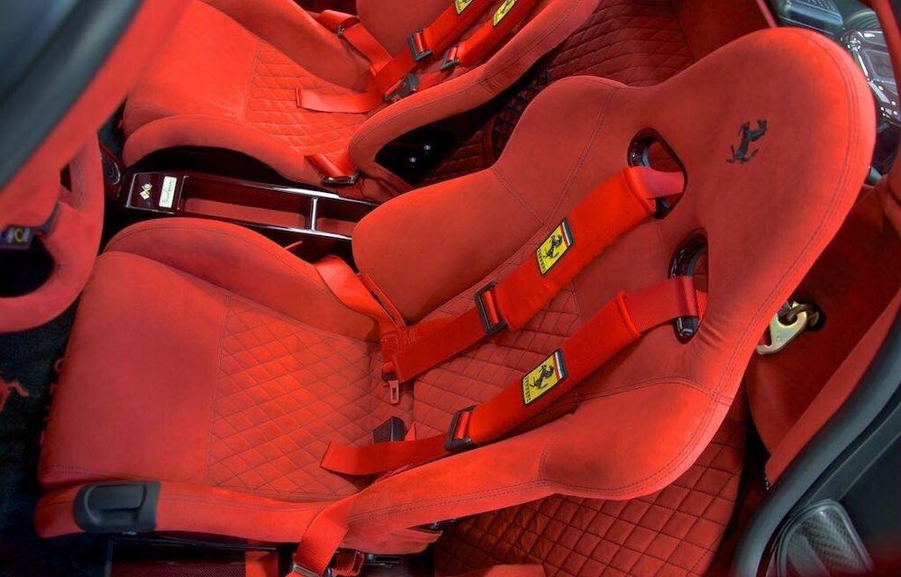 Cel mai scump Ferrari Enzo nu este nici măcar vopsit: exemplarul se vinde cu trei milioane de euro - Poza 18
