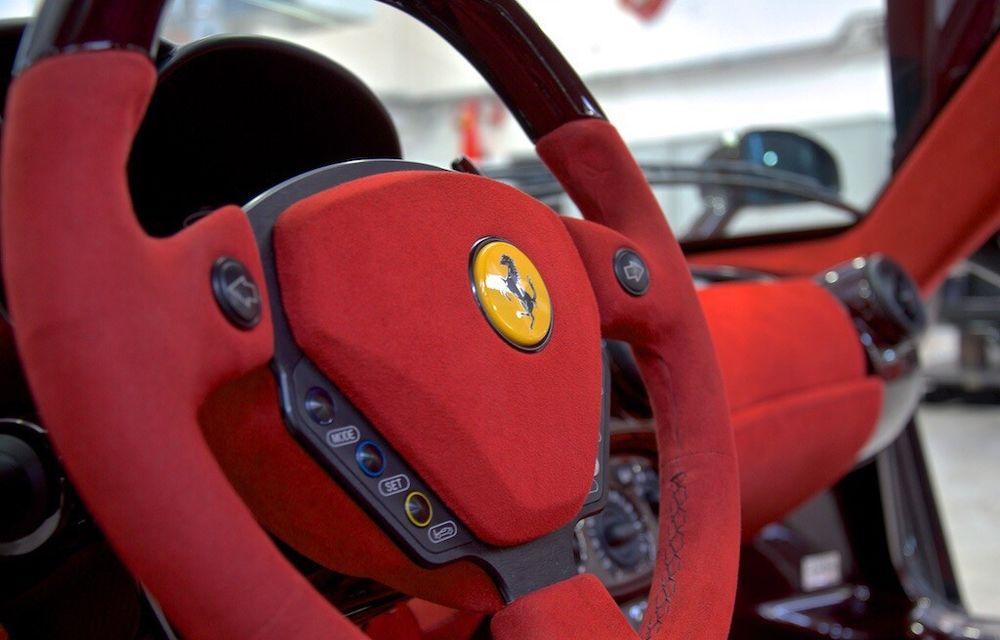 Cel mai scump Ferrari Enzo nu este nici măcar vopsit: exemplarul se vinde cu trei milioane de euro - Poza 22