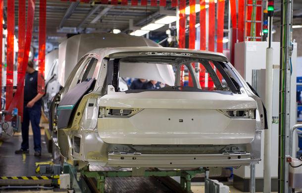 Volvo a născut primul V90 destinat clienților și așteaptă un nou record de vânzări - Poza 8