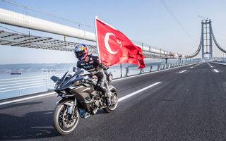 Record mondial pe două roți: o motocicletă a atins 400 de km/h în doar 26 de secunde (+VIDEO)