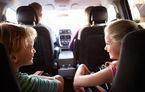 Prezenţa copiilor în maşină nu ne face mai prudenţi la volan: 9 părinţi din 10 nu renunţă la comportamentul periculos