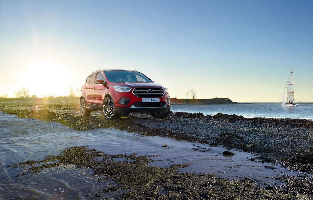 Arata ca un SUV sportiv, dar este doar o schimbare vizuală: Ford Kuga primeşte pachetul estetic ST Line - Poza 3