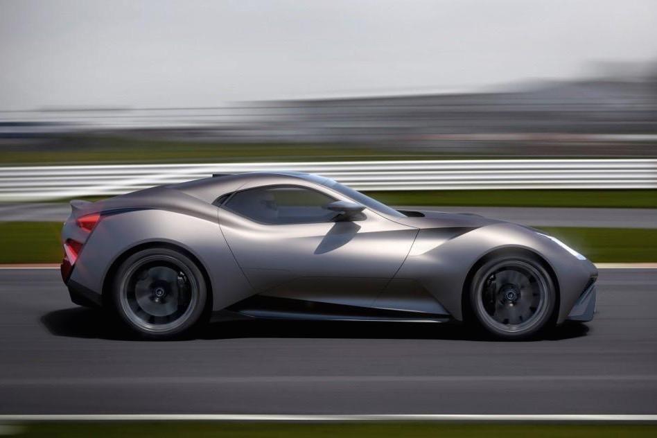 Unicitatea costă: singura mașină din lume construită din titan are un preț de 2.5 milioane de euro - Poza 4