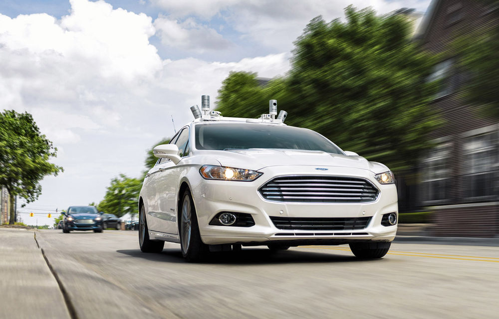 """Ford face un anunț istoric: """"Prima mașină autonomă de serie fără volan și pedale vine în 2021"""" - Poza 1"""