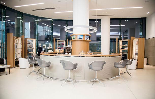 Showroom excentric pentru Bentley în Dubai: 6 etaje, 7000 de metri pătrați, grădină la ultimul etaj - Poza 9