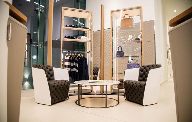 Showroom excentric pentru Bentley în Dubai: 6 etaje, 7000 de metri pătrați, grădină la ultimul etaj - Poza 11