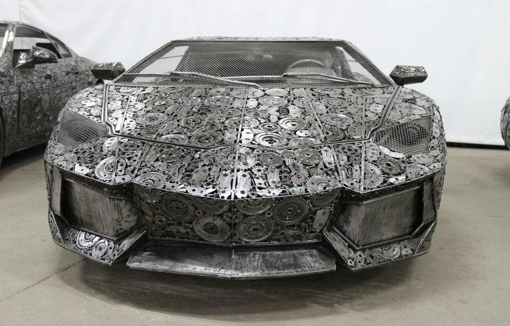 Programul Rabla naște opere de artă: Bugatti Veyron, Lamborghini Aventador și Mercedes 300 SL, reproduse din fier vechi - Poza 3