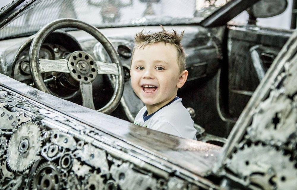 Programul Rabla naște opere de artă: Bugatti Veyron, Lamborghini Aventador și Mercedes 300 SL, reproduse din fier vechi - Poza 19