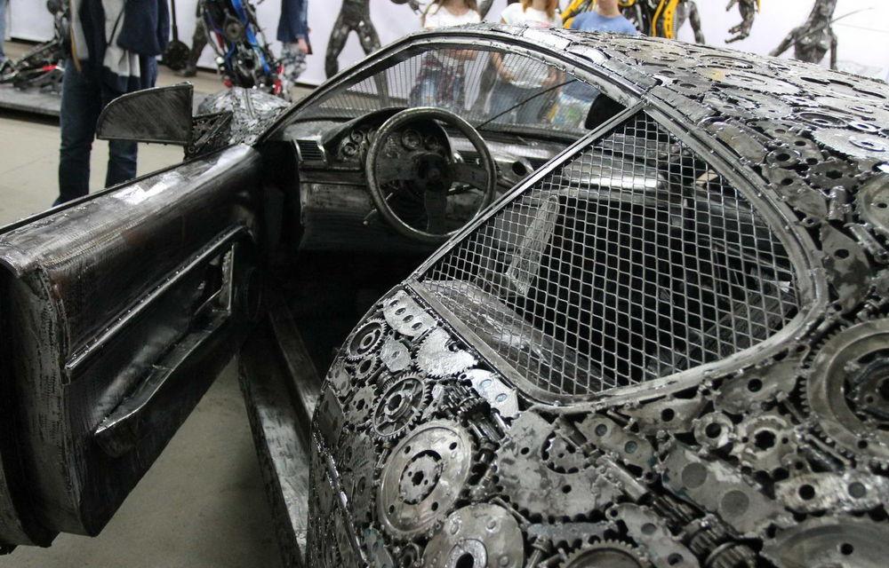 Programul Rabla naște opere de artă: Bugatti Veyron, Lamborghini Aventador și Mercedes 300 SL, reproduse din fier vechi - Poza 5