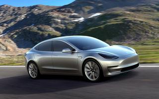 """Gafă a organizatorilor Salonului Auto de la Paris: au anunțat debutul lui Tesla Model 3, dar americanii spun că informația e """"incorectă"""""""