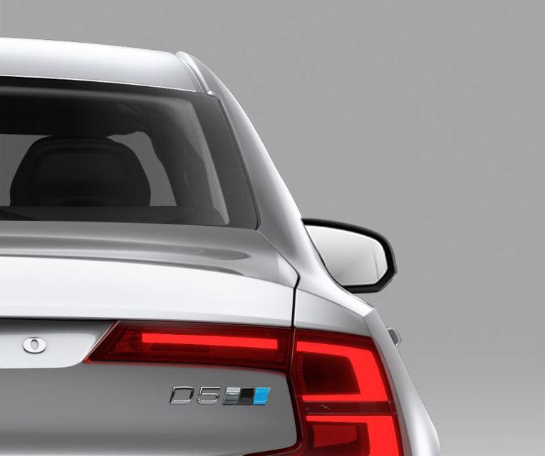 Volvo S90 şi V90 primesc pachetul de performanţă Polestar: motorul diesel de 2.0 litri ajunge acum la 240 de cai putere - Poza 6