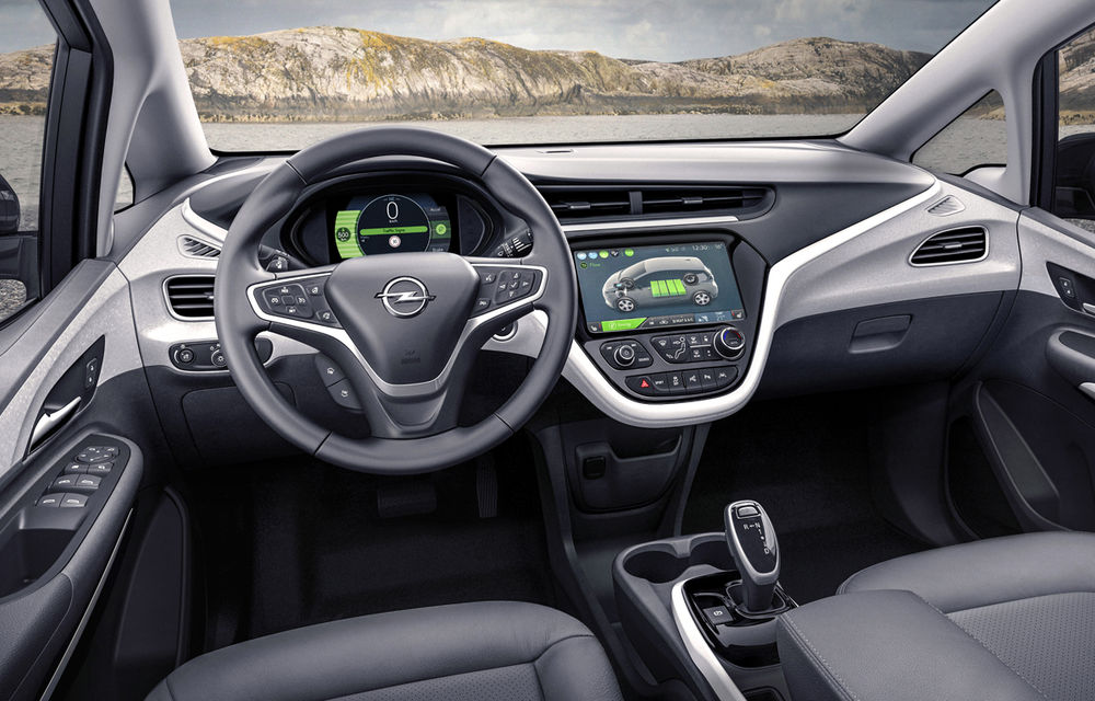 """Autonomia nu mai e (neapărat) o problemă: Opel Ampera-e anunță 500 de kilometri cu un """"plin"""" de baterii - Poza 2"""