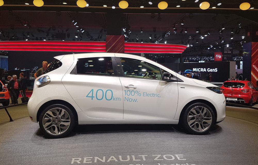 PARIS 2016 LIVE: Standul Renault, între conceptul futurist Trezor, electricul Zoe și practicul Megane Sedan - Poza 17